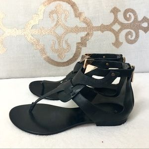 Rachel Roy Black thong sandals flats 8